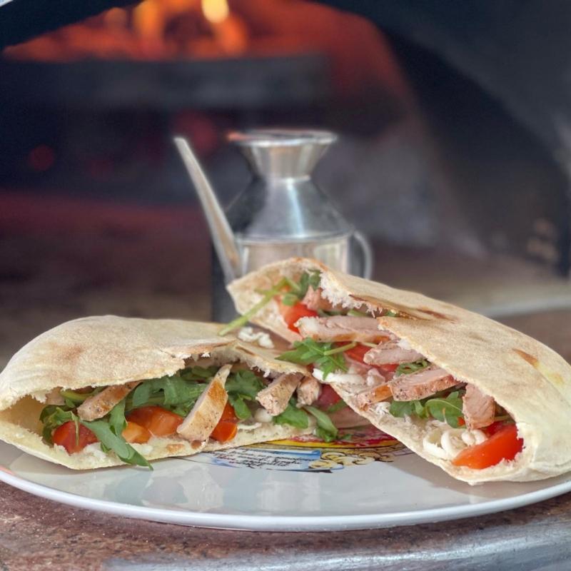 Poză Pizza Sandwich Vegetariană